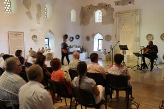 folk-pottery-exhibition